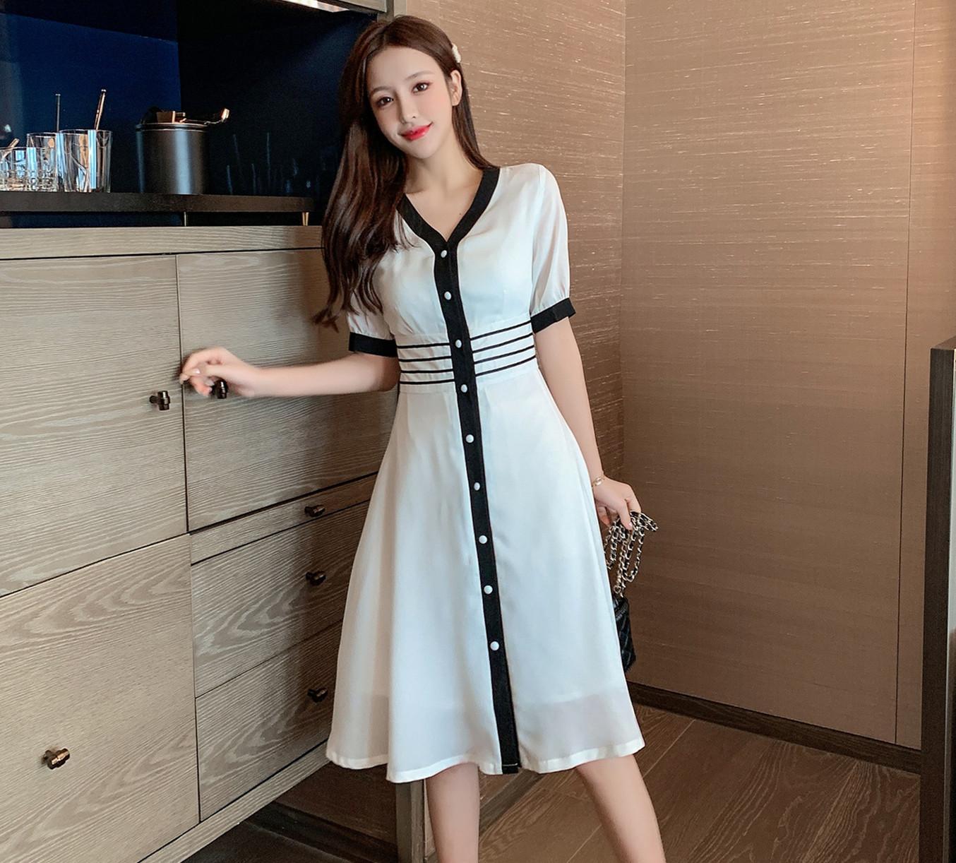 2020夏装新款网红风时尚修身显瘦中长款短袖连衣裙