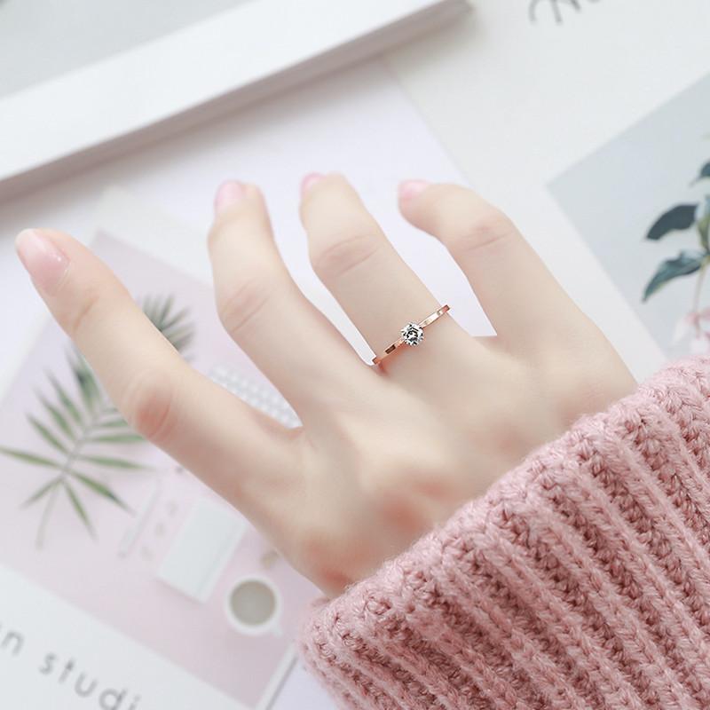 9.80元包邮冷淡风单钻超细时尚钛钢玫瑰金chic极细镶钻戒指女食指戒尾戒饰品