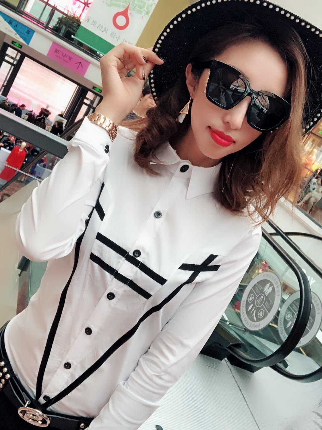 欧洲站2019年女式精品长袖衬衫流行百搭系扣小衫气质新款女装潮货