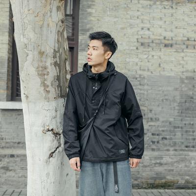 吕小虎原创美式机能套头夹克男潮牌防风冲锋衣男士宽松连帽卫衣潮