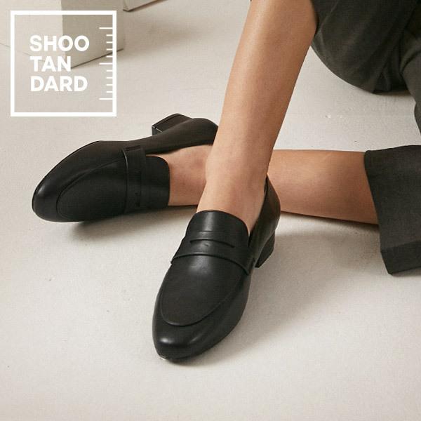 韩国代购2020春新款shoopen舒适2.5厘米低跟镂空搭扣女福乐鞋皮鞋