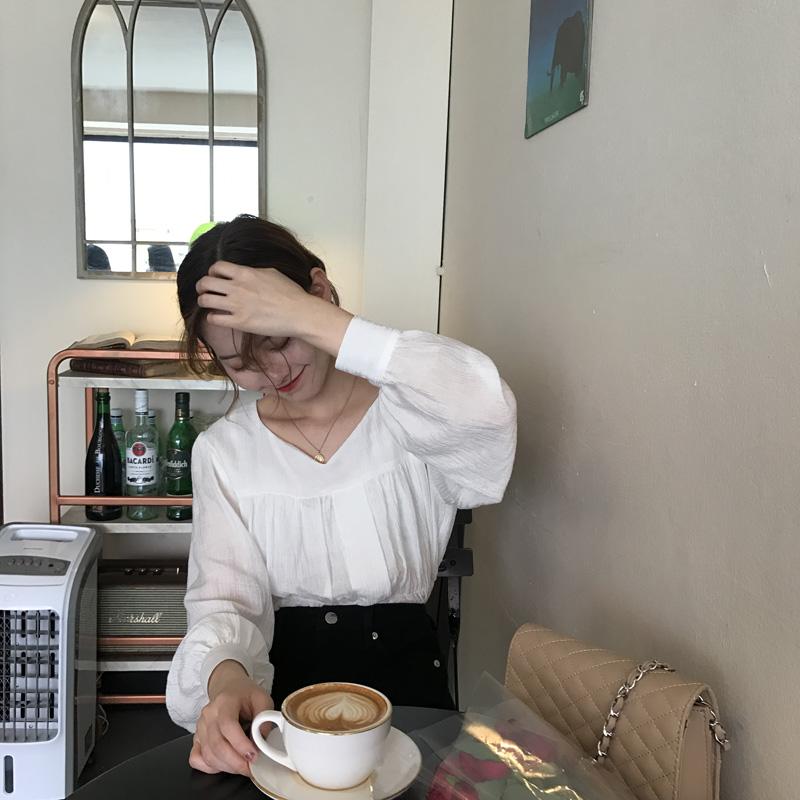 [ELINASEA]小海自制 甜美少女褶皱荷叶边V领长袖纯色薄款娃娃衫