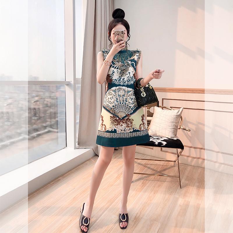 印花裙夏装2021新款女装气质复古轻熟风短款小个子法式高腰连衣裙