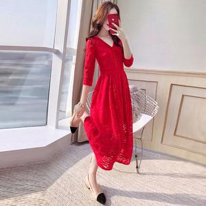 红裙子新娘礼服秋装2019新款女装中长款秋季大码蕾丝红色连衣裙
