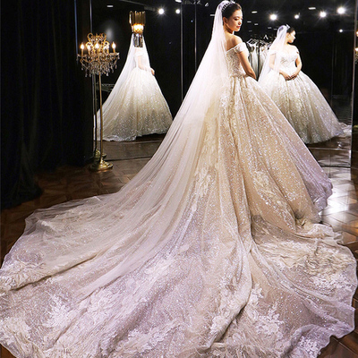 Rental heavy industry main wedding dress 2021 new bridal temperament luxury starry sky large trailing one-shoulder French summer rental