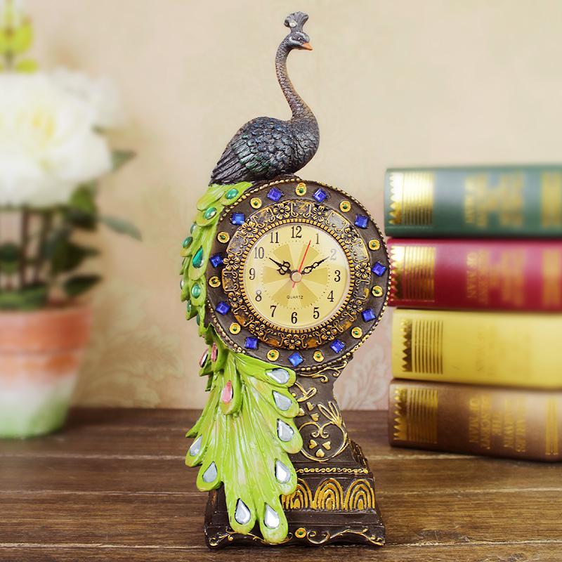 Юго-Восточной Азии континентальной смолы Павлин часы старинные часы и часы творческих гостиной домашний бар украшения украшения