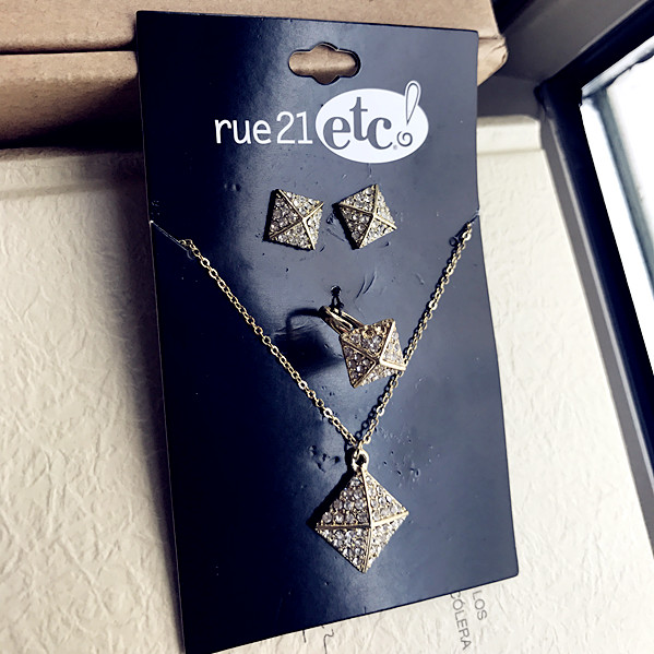 European and American fashion foreign trade personality trendsetter punk rock wind flash diamond Liuding Earring Necklace Set womens special price