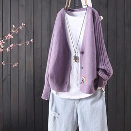 搜絮秋季新款纯色刺绣百搭短款针织开衫女蝙蝠袖系扣文艺毛衣外套
