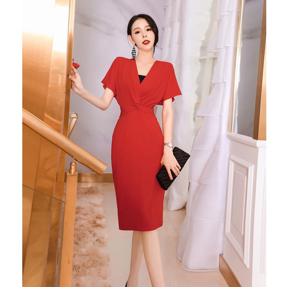 券后119.00元女神范2019女夏装新款气质红色连衣裙女短袖小心机V领褶皱修身裙