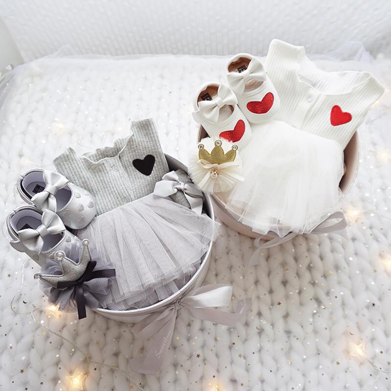 婴儿礼盒套装公主裙纯棉衣服新生儿用品送礼刚出生宝宝满月服