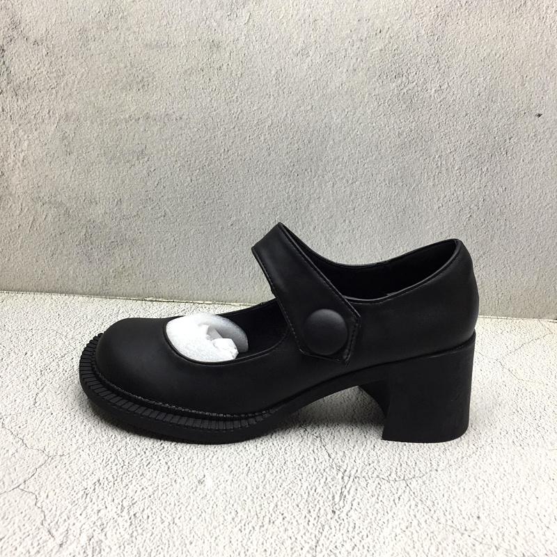 品牌撤柜2020夏季新款断码处理真皮女鞋复古风圆头高跟魔术贴凉鞋