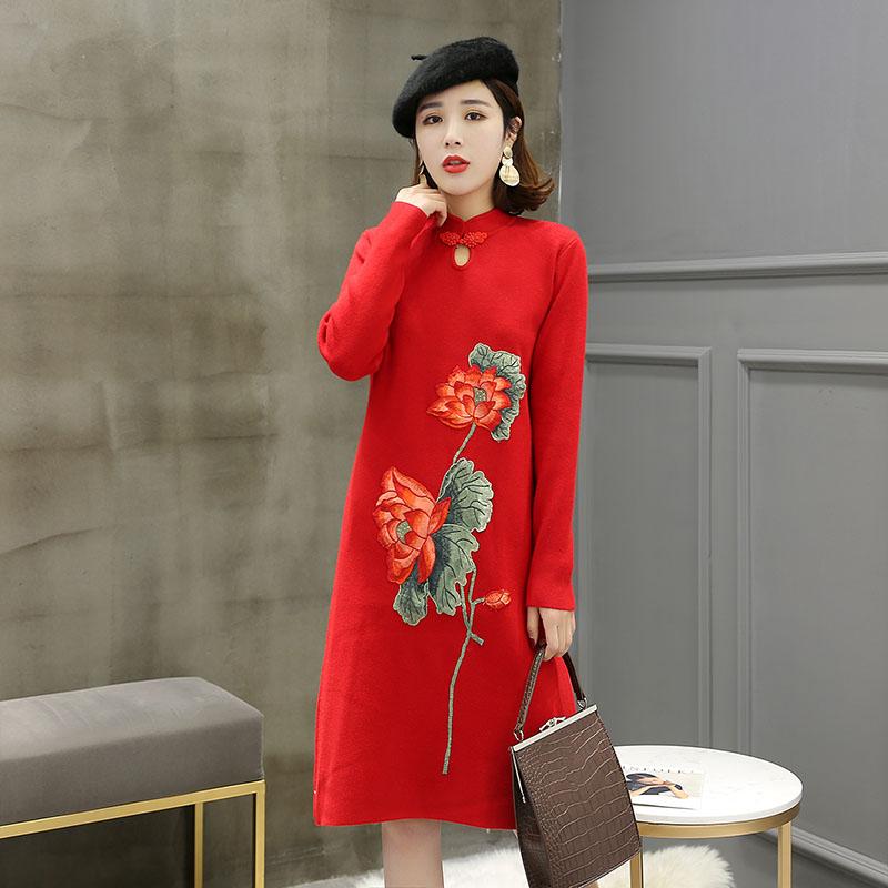 9318高端女装中国风刺绣贴布毛衣裙气质盘扣双层包芯纱针织连衣裙