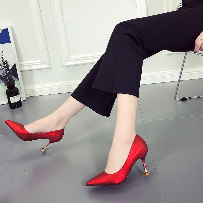 細跟高跟鞋2018春淺口女鞋性感尖頭單鞋貓跟鞋銀色禮服鞋紅色婚鞋