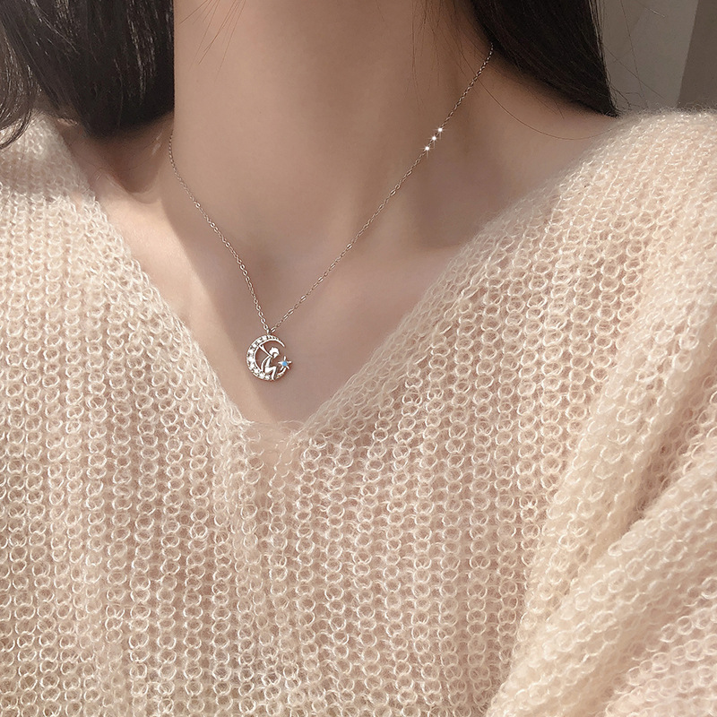 Korea OST little prince pure silver clavicle chain creative design student Wenyi Sen Department flash Diamond Star Moon Necklace