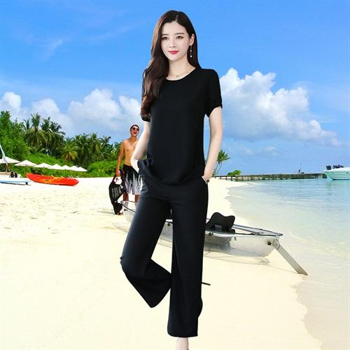 2019夏新品黑色显瘦圆领短袖不规则下摆T恤上衣+七分裤两件套装女