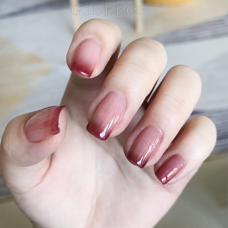 Manicure Nail Polish 2021 red color, cherry red, warm and cold gradual change phototherapy.