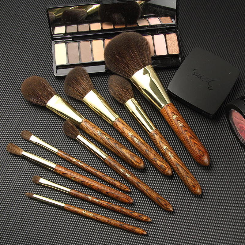 Easy MAKEUP EASY makeup brush 9 blush, gloss, eye shadow, powder, brush, suit, little horse hair, makeup, make-up.