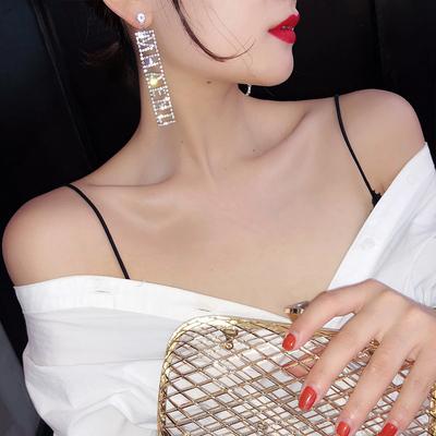 韩国耳环女长款气质网红高级感字母耳坠2019新款潮个性耳饰品耳钉