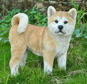 代购草地上秋田犬小可爱仿真雕像动物雕塑花园客厅装饰摆件户外
