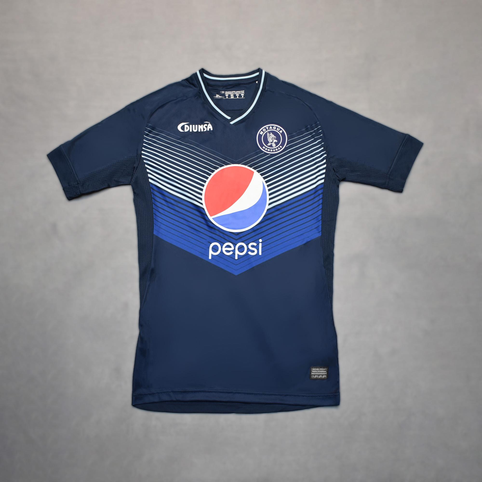 新款男士莫塔瓜运动足球服队服超薄短袖