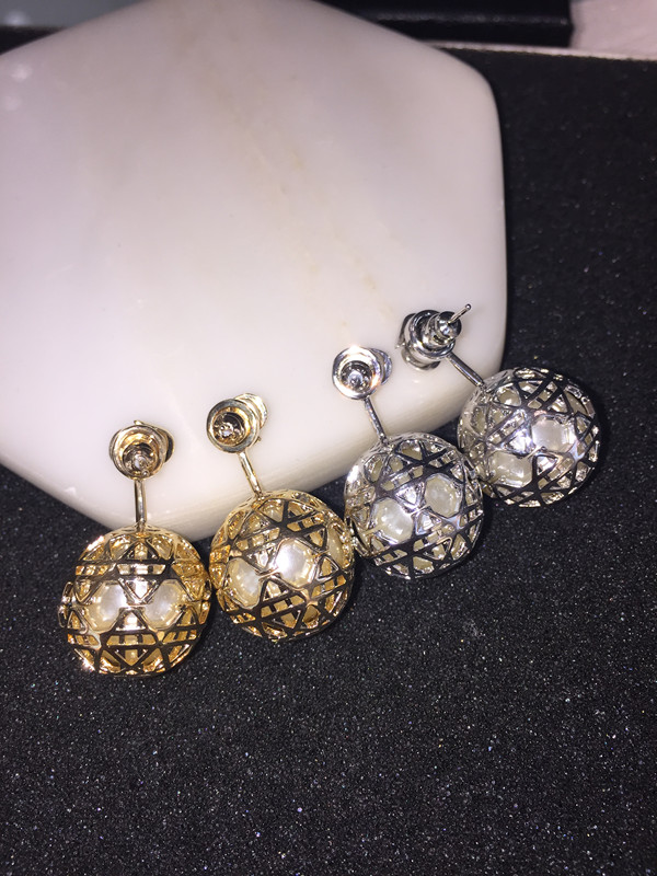Hot pepper summer same gold letter rattan pattern hollow out Pearl Earrings 925 pure silver needle