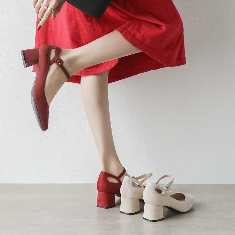 单鞋女202019新款百搭玛丽珍鞋仙女鞋温柔高跟鞋粗跟方头中跟婚鞋
