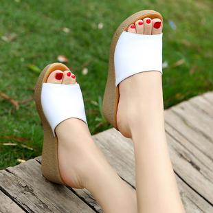 新款真皮厚底坡跟拖鞋夏季百搭松糕凉拖软底防滑休闲中跟牛皮拖鞋