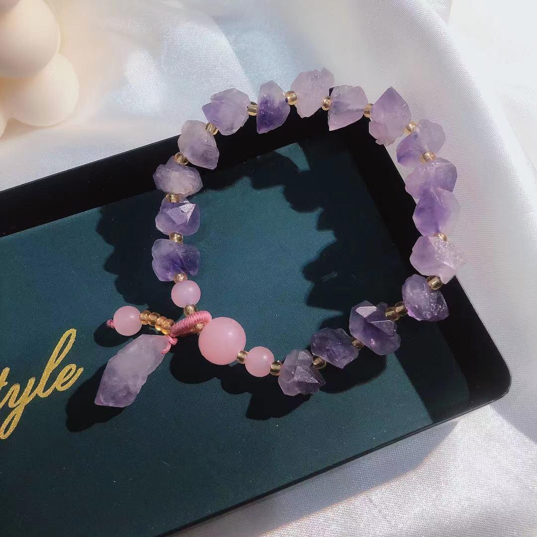轻奢小众设计手链女星月设计感草莓晶手链女招财花粉晶个性礼物