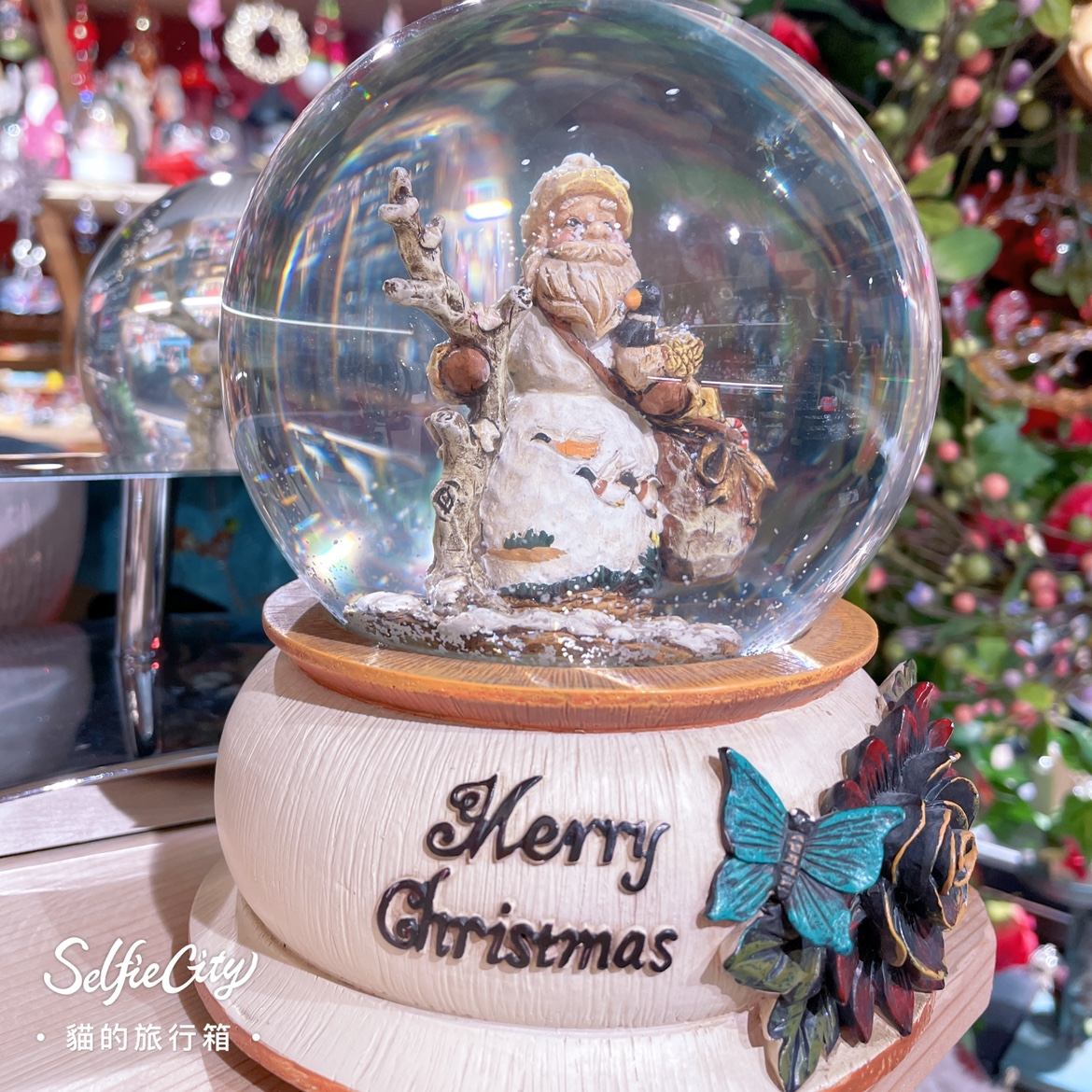 Vintage Vintage Vintage Vintage resin wood imitation elderly crystal ball home furnishings collection