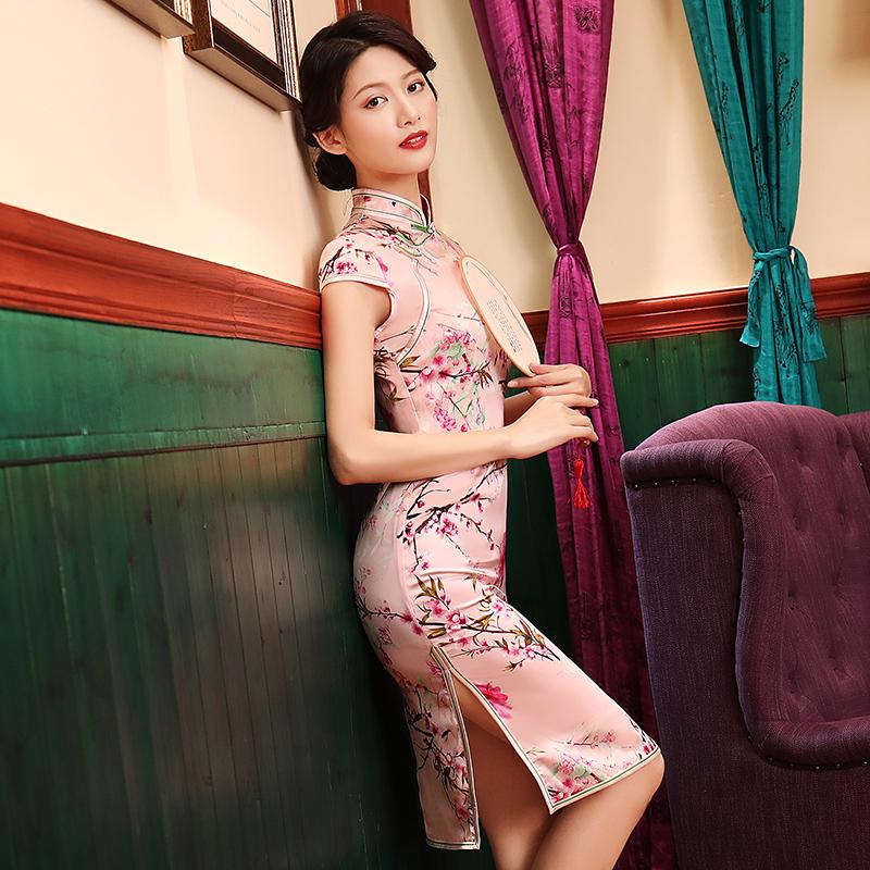 旗袍夏季2018新款真丝旗袍短款连衣裙改良版年轻低领时尚粉色少女