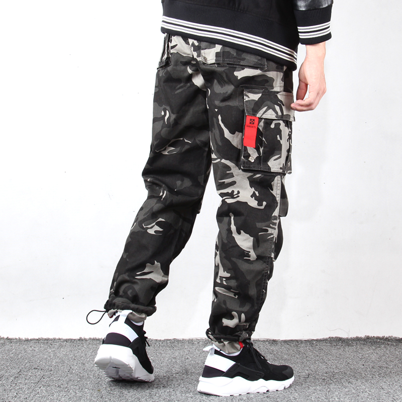 Multi Pocket Yu wenle overalls fashion casual pants camouflage spring buckle Leggings straight tube two wear pants cloth pants men