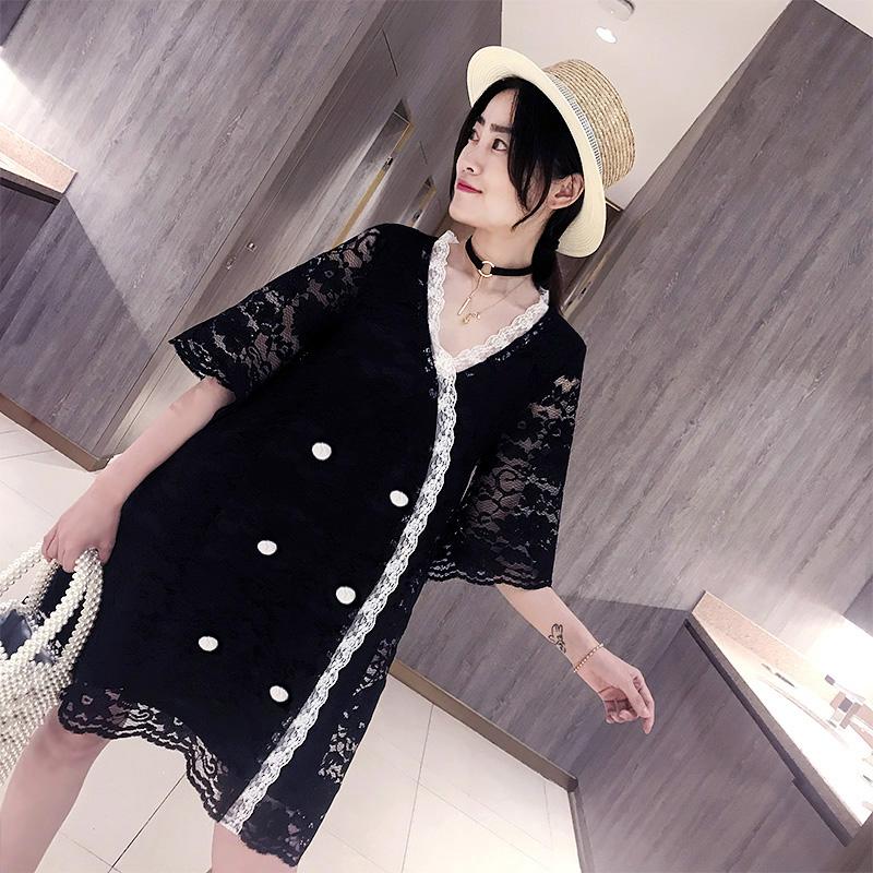 预@加肥加大码女装胖mm2018夏装新款名媛小香风双排扣蕾丝连衣裙