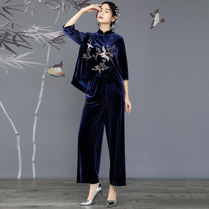 复古风套装女秋季2018新款重工刺绣上衣+阔腿裤宽松丝绒两件套装
