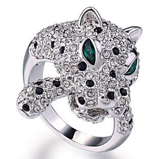 Yuan Xin exaggerated fashion personality leopard fell in love with girlfriends emerald crystal finger ring ring female couple decorations