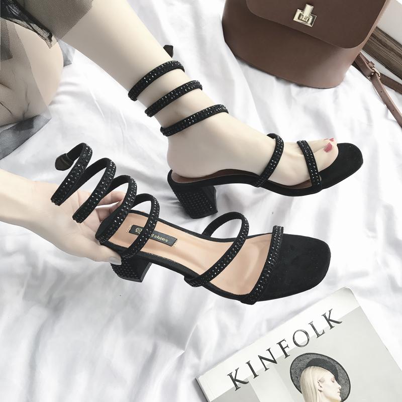 2018新款罗马波西米亚风复古高跟鞋蛇形缠绕水钻凉鞋女夏中跟粗跟