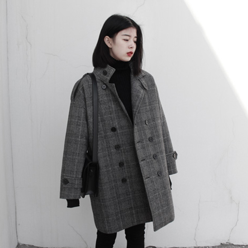 Small tweed coat autumn and winter 2018 New Retro double breasted medium long thickened plaid coat for women