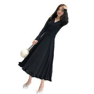 2020春季新款修身显瘦v领打底裙子