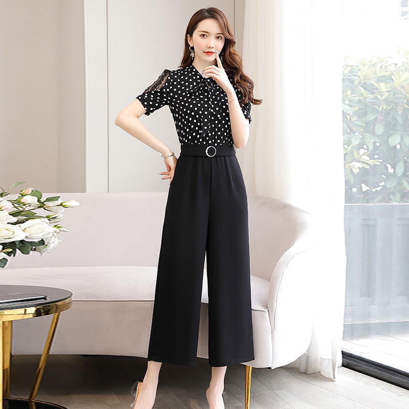 Lace point color matching Jumpsuit with bow neckline and waistband