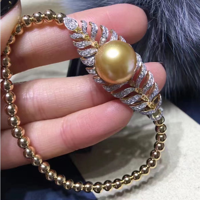 European and American new 18K Gold Diamond 12-13MM natural Nanyang gold sea pearl Elastic Bracelet