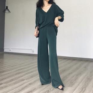 AfuShop/19春 时髦chic高级灰调 大v领阔腿裤套装 懒人免搭系列