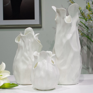 Creative white ceramic flower vase Home Decoration Modern fashion living room minimalist housewarming gift items