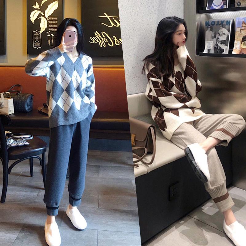 大码女装2018秋冬装新款微胖妹妹毛衣减龄洋气网红显瘦套装两件套