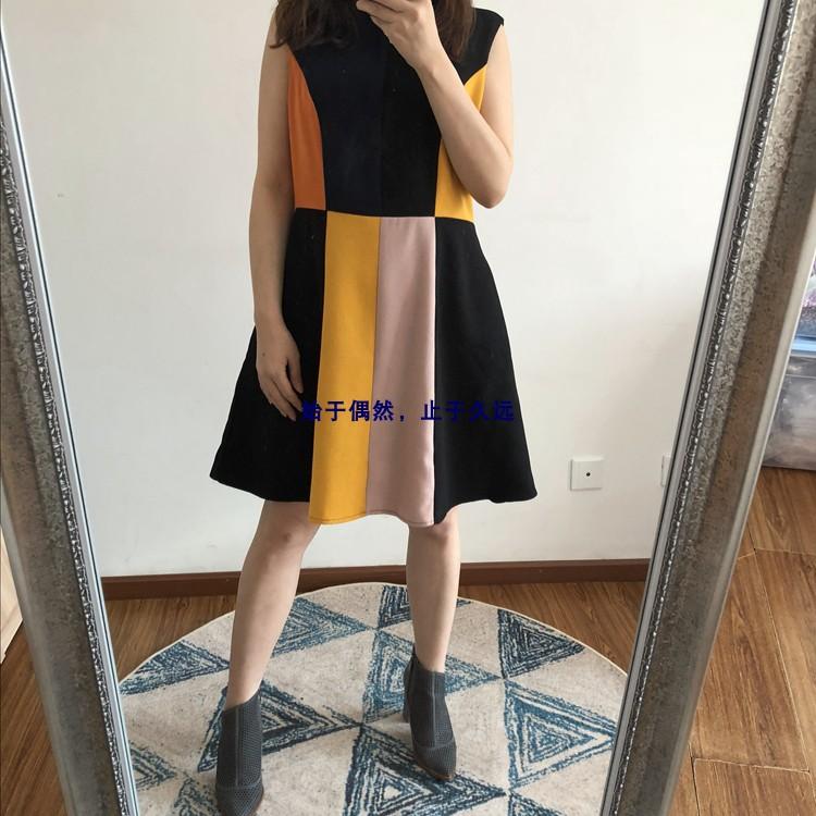 2021春 色彩艺术构筑 立体塑造感多色拼接收腰厚实连衣裙女装新款