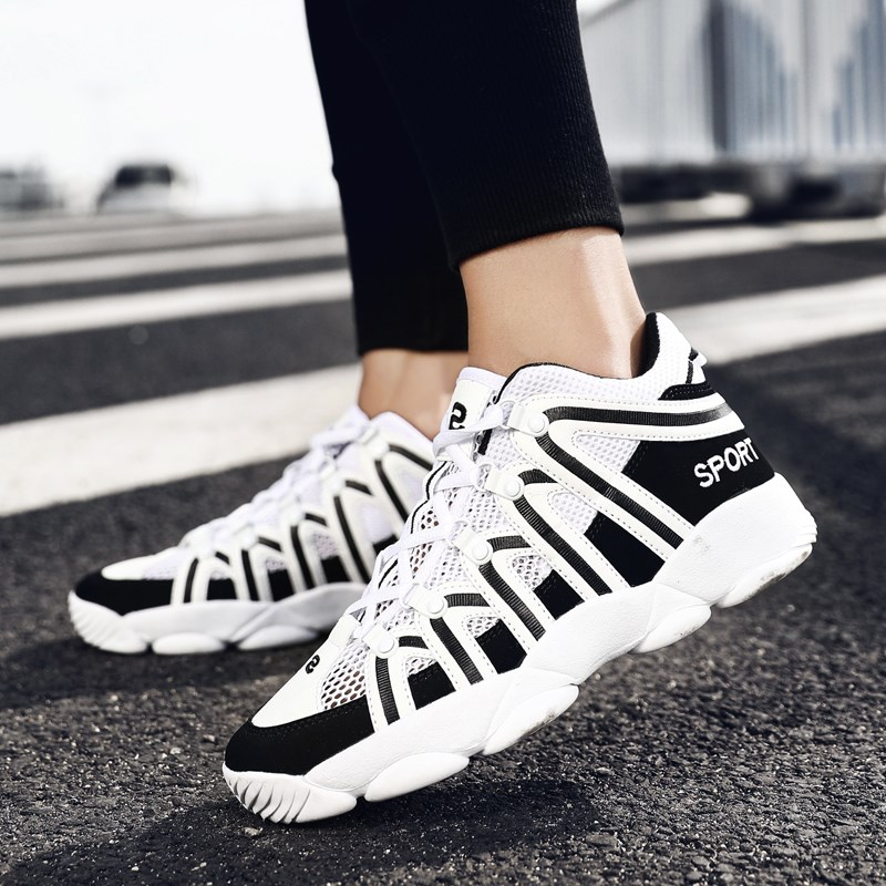 Summer breathable mens sports casual shoes youth running shoes junior high school students high school tennis shoes mesh summer wear