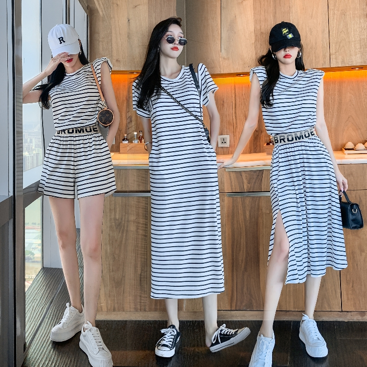 Real shot summer new shoulder pad striped sleeveless top skirt SHORTS AGE reducing casual fashion dress suit