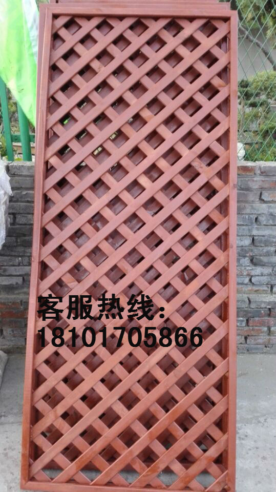 Outdoor anti-corrosion wood grid fence Pet House equipment room floor mesh can be customized