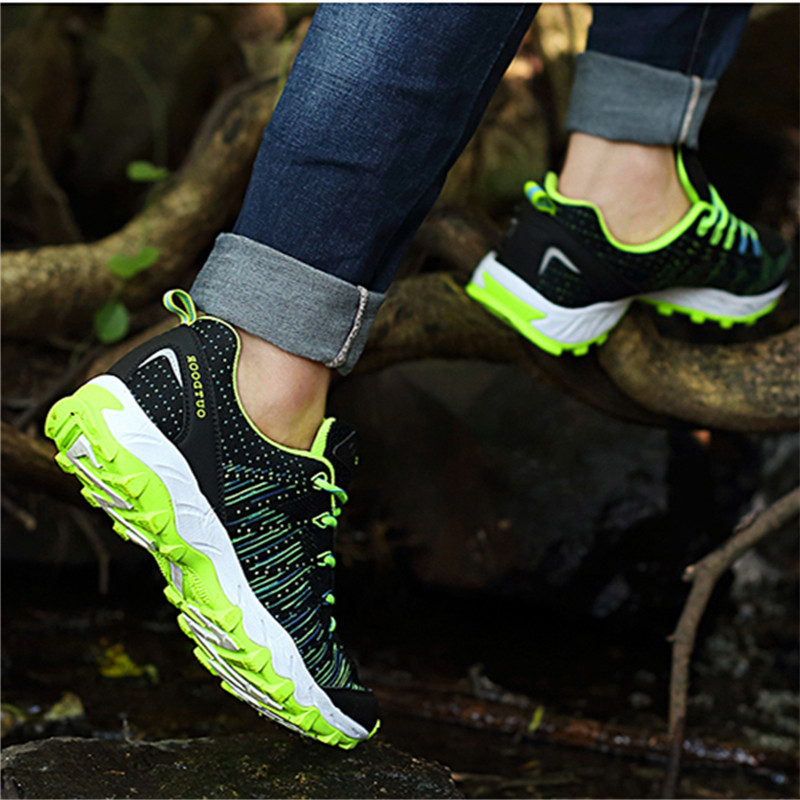 Spring and autumn mens and womens hiking shoes anti slip soft soled climbing shoes knitted mesh shoes large size soft soled sports shoes