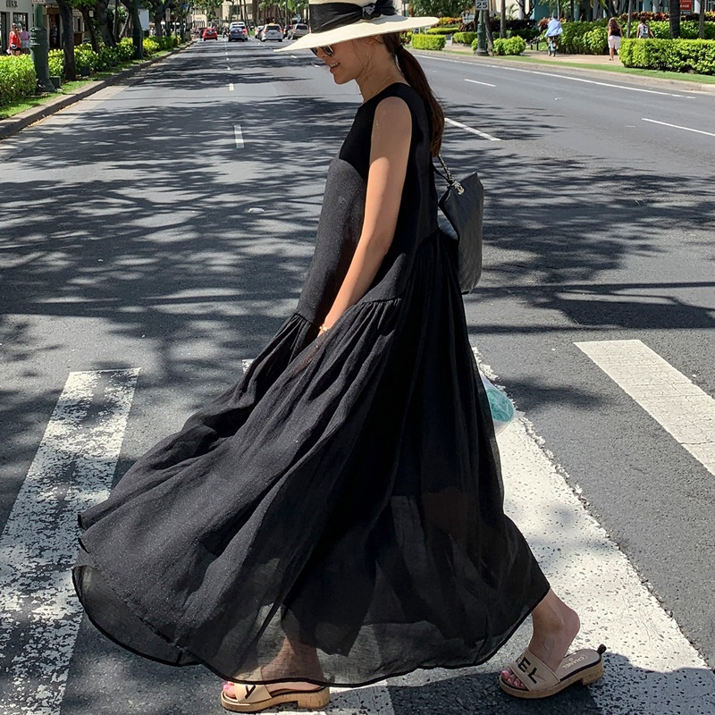 Yanrong summer womens new solid color sleeveless monochrome long skirt round neck lace up loose wrinkle long swing dress