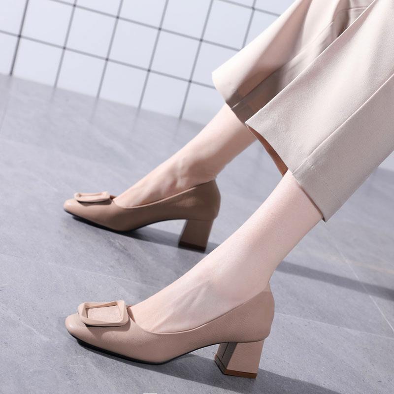 小清新少女高跟鞋粗跟2020新款方头玛丽珍鞋百搭方扣平头中跟单鞋