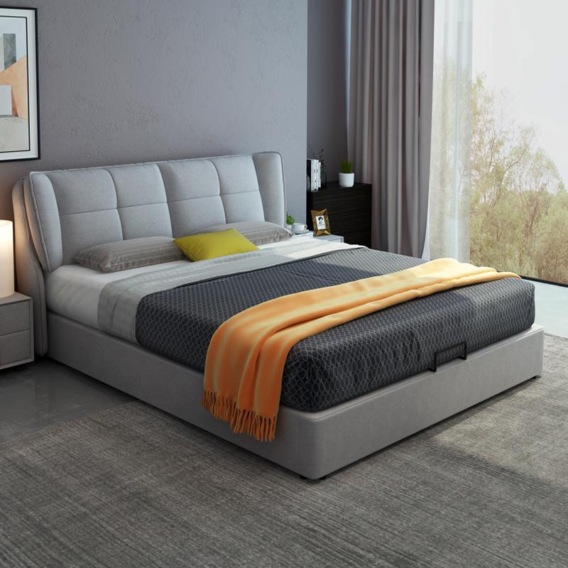 北欧の布芸床は現代では簡単で、小型の軟包ネットが赤くて、贅沢なベッドが1.8メートルあります。